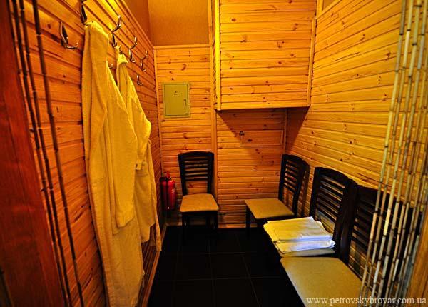 Петровские бани фото предбанника