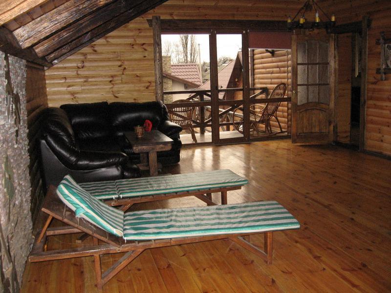 VIP-баня на дровах фото зоны отдыха