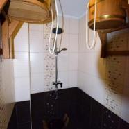 Петровские бани фото душевой и ведра-водопада